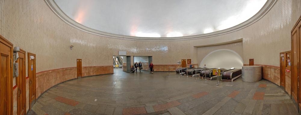 метро Арсенальная