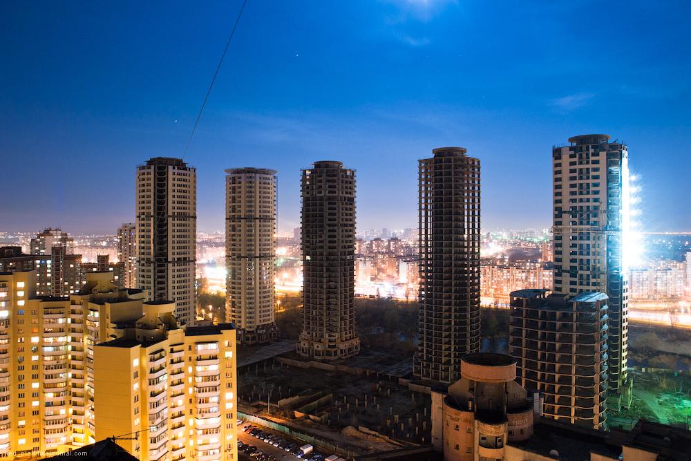 Днепровские башни на Троещине