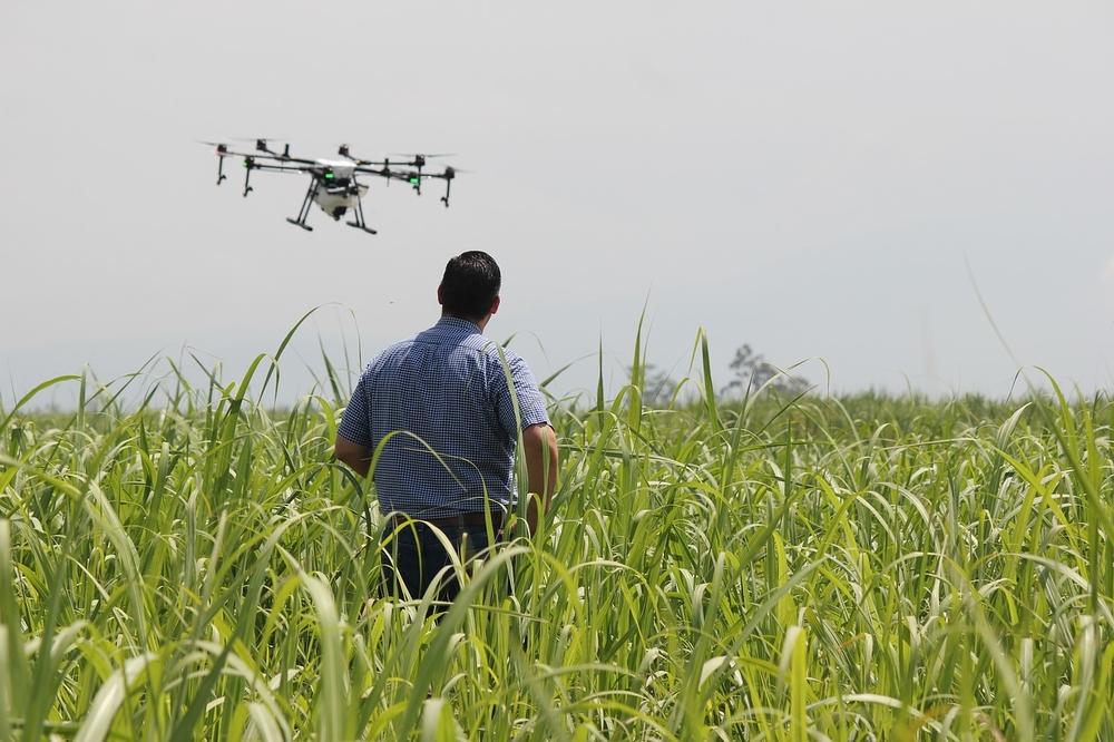 Фермеры используют дроны