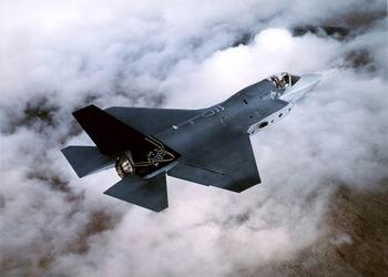 Есть у летчика мечта: 9 бомбовых летальных аппаратов для господства в воздухе