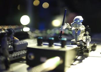 Если ты художник, музыкант, писатель – роботы уже зарятся на твое рабочее место
