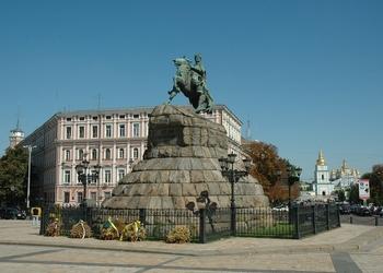 Метро на Троещину построят через 455 лет. Что ещё киевлянину нужно знать о бюджете и как контролировать городскую власть