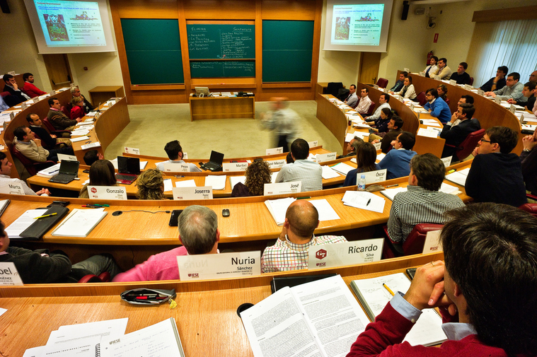 scholarship essay business school Spend 10 minutes and enter the high school scholarships for seniors contest awarding $20k to 10 students annually (14) business days of contest end-date.