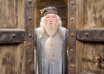 Теория, взбудоражившая англоязычный интернет: Альбус Дамблдор - Смерть из сказки о трёх братьях