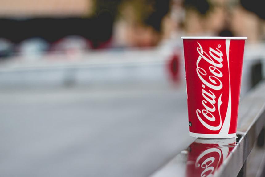 Любишь Coca-Cola? Вот, что происходит с твоим организмом из-за непомерного количества сахара в газировке