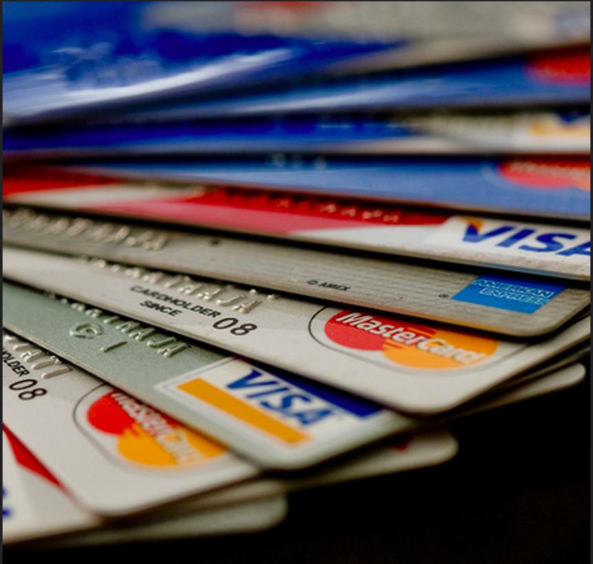 банк пумб кредитные карты займ переводом золотая корона с плохой кредитной