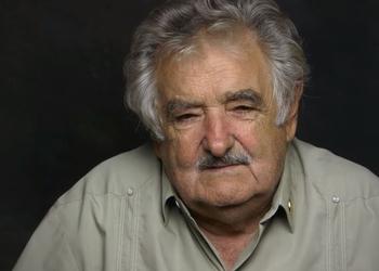 """""""Сегодня я президент, а завтра буду кучей личинок и исчезну"""". Что такого сказал президент Уругвая, что мы хотим услышать от наших политиков"""