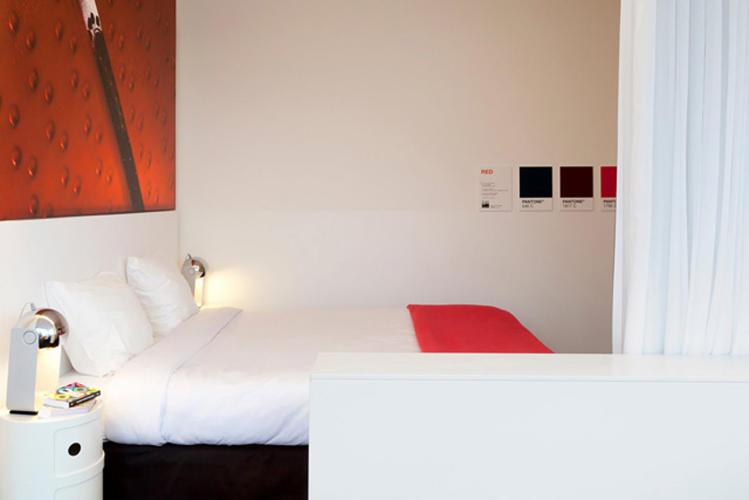 Кровать Pantone